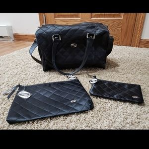 Gorgeous NWT American Tourister Bag set!!